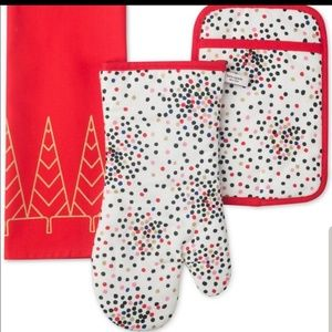 Kate Spade Holiday Towel Set with Mitts